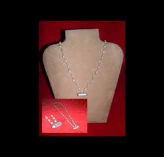 Collana di tulasi con finiture in argento