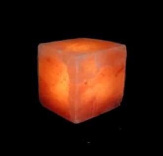 CUBE SALT LAMP CM 15 . RUBBER BASE