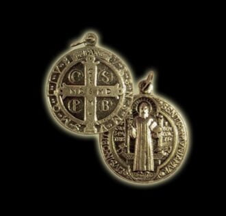 Medal of St. Benedict color gold (size cm 2,2)